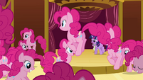 Twilight 'Welcome Pinkies, welcome' S3E03