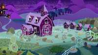 Wide view of Sweet Apple Acres at night S9E10