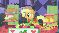 Applejack happy to make first sale 2 S1E26