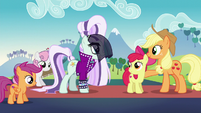Coloratura --the little sister you wrote to me about-- S5E24