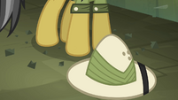 Daring Do's hat S4E04