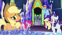 Main ponies with glowing cutie marks S8E15