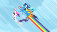 Rainbow Dash with Rarity and the wonderbolts S1E16