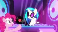 S06E09 Pinkie daje DJ inną płytę