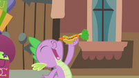 Spike about to eat the hot dog S4E08