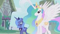 Luna and Celestia in Ponyville S01E02