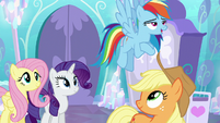 """Rainbow Dash """"super-strong flying!"""" S6E1"""
