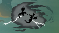 S07E16 Podświetlone sylwetki Flasha i smoków