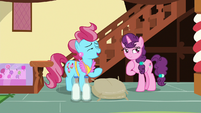 "Mrs. Cake ""save your mix-up for cake batter"" S8E10"