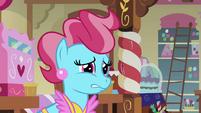 Mrs Cake hesitate S02E17