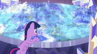 Twilight Sparkle looks at the Cutie Map again S7E1