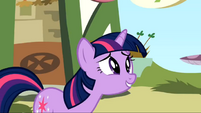 Twilight embarrassed S1E23