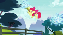 Apple Bloom sucking the twittermites in the air S5E04