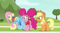 """Rainbow Dash """"let's hop to it!"""" S6E18"""