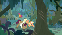 Snap and Mane following the tracks S9E12