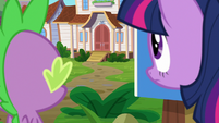 Twilight and Spike look at Silver Stable S9E5