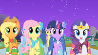 Applejack, Fluttershy, Twilight, and Rarity 'find my prince' S01E26