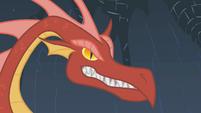 Dragon growls at Rarity S01E07