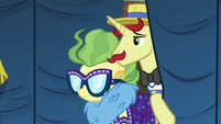 Flam and Impossibly Rich enter backstage area S6E20