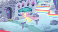 Fluttershy returns to her parents' home S6E11
