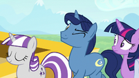 Night Light winking at his daughter S7E22