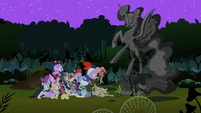 Pinkie Pie and foals quickly donating S2E4