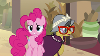 Pinkie and A. K. hear the villagers' booing S7E18