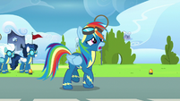 Rainbow Dash apologizing to her parents S7E7