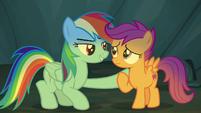 Rainbow Dash comforting Scootaloo S7E16