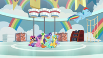 Rainbow flying around like a storm S8E12