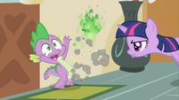 Spike burning paper2 S02E23