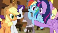 Twilight curbing her friends' enthusiasm S8E18