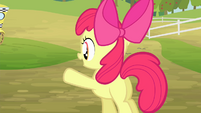 Apple Bloom waving at Granny Smith S4E17