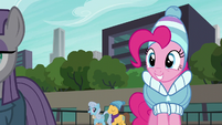 Pinkie Pie sees Maud skating S6E3