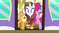 Applejack, Rarity, and Pinkie caught in the train door S6E22