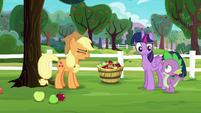 Applejack --that's plumb crazy!-- S6E22