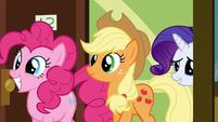 Pinkie Pie Applejack and Rarity visiting Rainbow S2E16