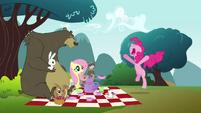 Pinkie Pie clone screaming S3E3