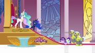 S07E10 Starlight kłania się przed księżniczkami