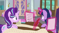 Twilight doesn't notice Starlight in front of her S9E1