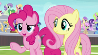 """Pinkie """"just how the cupcake crumbles"""" S9E15"""