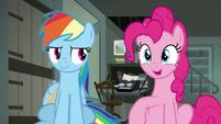 "Pinkie Pie ""easy-peasy-cheesy!"" S7E18"