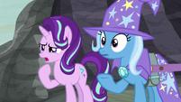 "Starlight ""magically stole everypony's cutie marks"" S6E25"