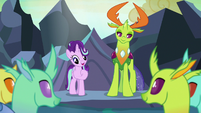 Starlight and Thorax give a lesson about compromise S7E1