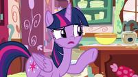 "Twilight Sparkle ""are those real measurements?"" S7E23"