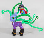 2014 exclusive mane-iac mayhem spike figure