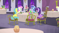 Dinner in restaurant with everypony S5E12