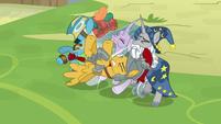 Flash Magnus hurled into fellow Pillars S9E24