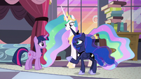 Luna -thanks to you and your friends- S9E17