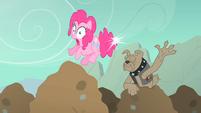 Pinkie spot elastic tail snap S01E19